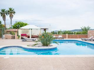Wonderful house with large pool and outdoor space, Sant Josep