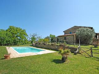 8 bedroom Villa in Monte San Savino, Chianti, Italy : ref 2058043