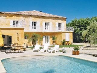 Villa in L Isle Sur La Sorgue, Provence DrOme ArdEche, Vaucluse, France, L'Isle-sur-la-Sorgue