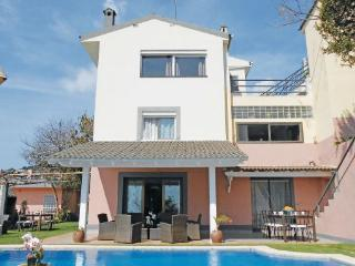 6 bedroom Villa in San Pol De Mar, Catalonia, Spain : ref 2096060