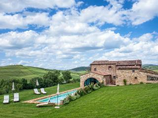 8 bedroom Apartment in Pienza, Siena e Dintorni, Tuscany, Italy : ref 2096599