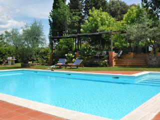 5 bedroom Apartment in Montagnana, Chianti, Tuscany, Italy : ref 2096682