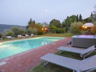 6 bedroom Villa in Panzano, Chianti, Tuscany, Italy : ref 2096782