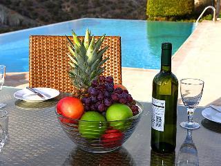 3 bedroom Villa in Paphos, Cyprus : ref 2096842