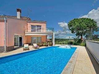 4 bedroom Villa in Pula Banjole, Istria, Croatia : ref 2098081