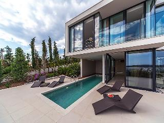 3 bedroom Villa in Primosten, Central Dalmatia, Croatia : ref 2099313