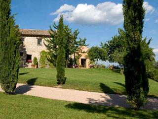 4 bedroom Villa in Perugia, Near Perugia, Umbria, Assisi, Italy : ref 2126605