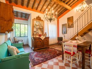 Tognazzi Casa Vacanze - Appartamento La Bifora, Certaldo
