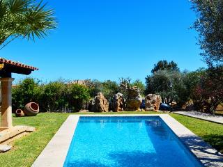 3 bedroom Villa in Eu Madrava, Pollensa, Mallorca : ref 2132461