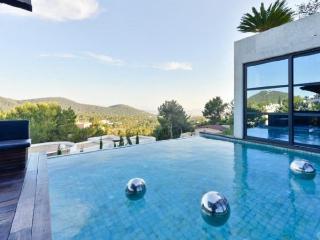 Villa in Ibiza Town, Can Furnet, Baleares, Ibiza