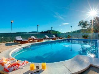 3 bedroom Villa in Sant Joan de Labritja, Sant Miquel De Balanzat, Baleares, Ibiza : ref 2132918, Port de San Miguel
