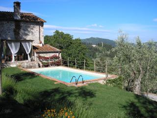 3 bedroom Villa in Pescaglia, Tuscany, Italy : ref 5226820