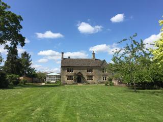 The Farmhouse, Cassington