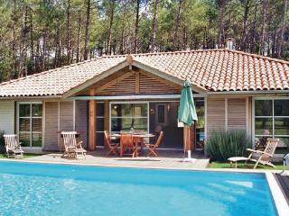 3 bedroom Villa in Moliets, Landes, France : ref 2184066