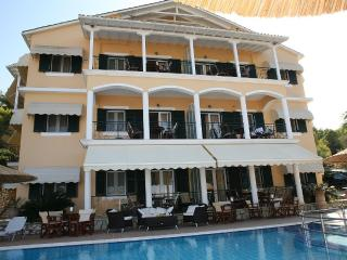 FAMILY FRIENDLY FULLY EQUIPPED LUXURY APARTMENT, Lefkada Town