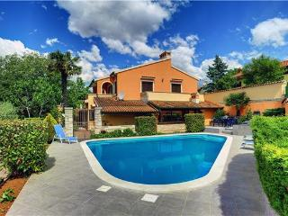 5 bedroom Villa in Muntic, Istria, Croatia : ref 2209784