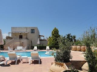 4 bedroom Villa in Gouves, Crete, Greece : ref 2216120, Piskopiano