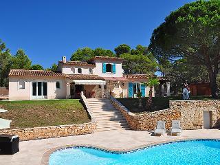 4 bedroom Villa in Puget sur argens, Cote d Azur, France : ref 2216378, Bagnols-en-Forêt