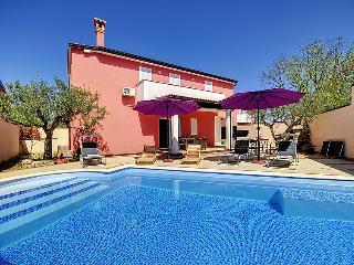 3 bedroom Villa in Rovinjsko Selo, Istarska Županija, Croatia : ref 5061342