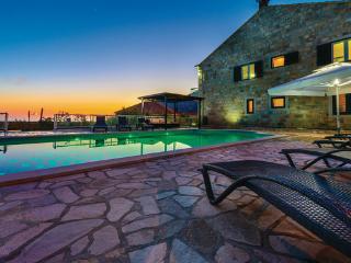 6 bedroom Villa in Dubrovnik-Dubravka, Dubrovnik Riviera, Croatia : ref 2219092