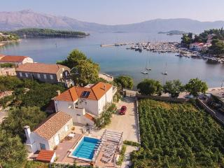 4 bedroom Villa in Korcula-Lumbarda, Island Of Korcula, Croatia : ref 2219645