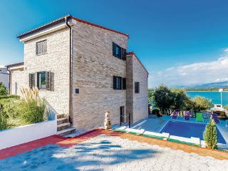 5 bedroom Villa in Krk-Klimno, Island Of Krk, Croatia : ref 2219881