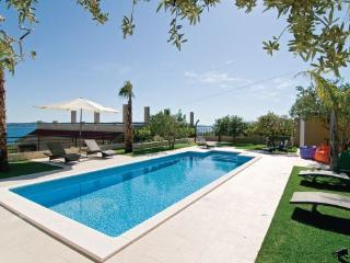 6 bedroom Villa in Trogir-Kastel Gomilica, Trogir, Croatia : ref 2219912