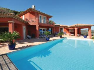 5 bedroom Villa in Sainte Maxime, Var, France : ref 2220966, Sainte-Maxime