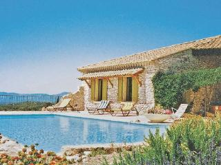 3 bedroom Villa in Venasque, Vaucluse, France : ref 2221334