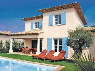 3 bedroom Villa in Ste-Maxime, Var, France : ref 2221832, Sainte-Maxime