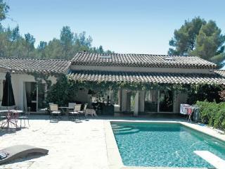 Villa in Aix-En-Provence, Bouches Du Rhone, France, Aix-en-Provence