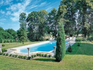 10 bedroom Villa in St Medard de Mussidan, Dordogne, France : ref 2221979