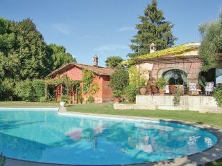 8 bedroom Villa in Morlupo, Latium Countryside, Italy : ref 2222629