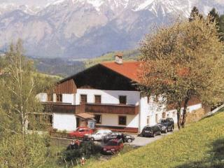 10 bedroom Villa in Matrei/Wipptal, Tirol, Austria : ref 2225119, Matrei am Brenner
