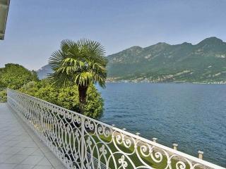 7 bedroom Villa in Nr Bellagio, Lake Como, Italian Lakes, Italy : ref 2226355, Oliveto Lario