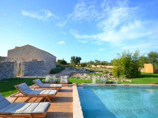 6 bedroom Villa in Nr Otranto, Puglia, Italy: ref 2226440, Cannole