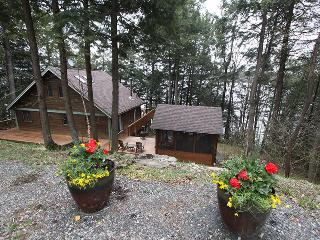 Redstone cottage (#1059), Haliburton