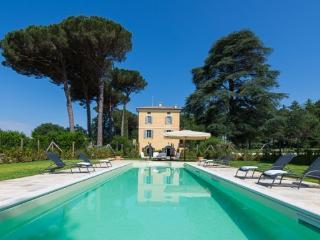4 bedroom Villa in Viterbo, Lazio, Italy : ref 2226451, Capranica