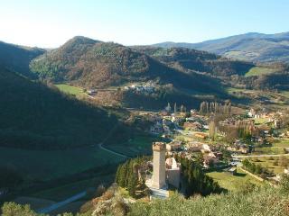 4 bedroom Villa in Near Foligno, Perugia, Umbria, Italy : ref 2226459, Capodacqua