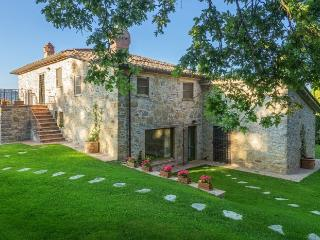 Villa in Nr. Umbertide, Borders Of Umbria, Tuscany, Italy, Spedalicchio