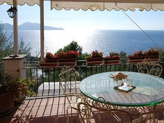 4 bedroom Villa in Punta Lagno, Costa Sorrentina, Amalfi Coast, Italy : ref