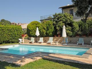 8 bedroom Villa in Bolsena, Lago Di Bolsena, Rome And Lazio, Italy : ref 2230334