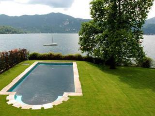 2 bedroom Villa in Orta San Giulio, Lago D Orta, Piedmont And Lake Maggiore, Italy : ref 2230467