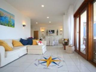 6 bedroom Villa in Marina Del Cantone, Costa Sorrentina, Amalfi Coast, Italy : ref 2230494, Marina del Cantone