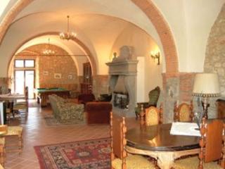 5 bedroom Villa in Badia Agnano, Arezzo Area, Tuscany, Italy : ref 2230554