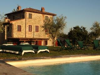 6 bedroom Villa in S. Pancrazio, Lucca Area, Tuscany, Italy : ref 2230559, Bargino