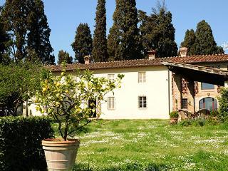 4 bedroom Villa in Camigliano, Lucca Area, Tuscany, Italy : ref 2230572, Poggio alle Mura
