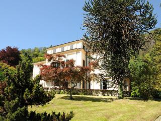 Villa in Meina, Lago Maggiore, Piedmont And Lake Maggiore, Italy