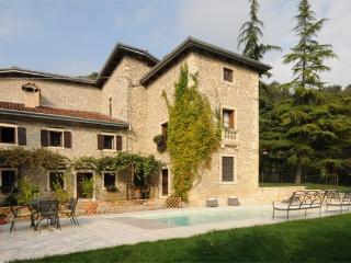 Villa in Castelgomberto, Verona E Valpolicella, Veneto And Venice, Italy, Grisignano di Zocco