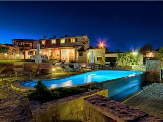 Villa in Jurazini, Istria, Nedescina, Croatia